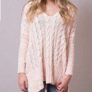 FREE  PEOPLE Size M light pink V-neck Sweater